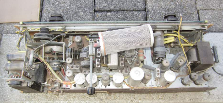 D_Philips_BD733A16_chassis-uncleaned.jpg